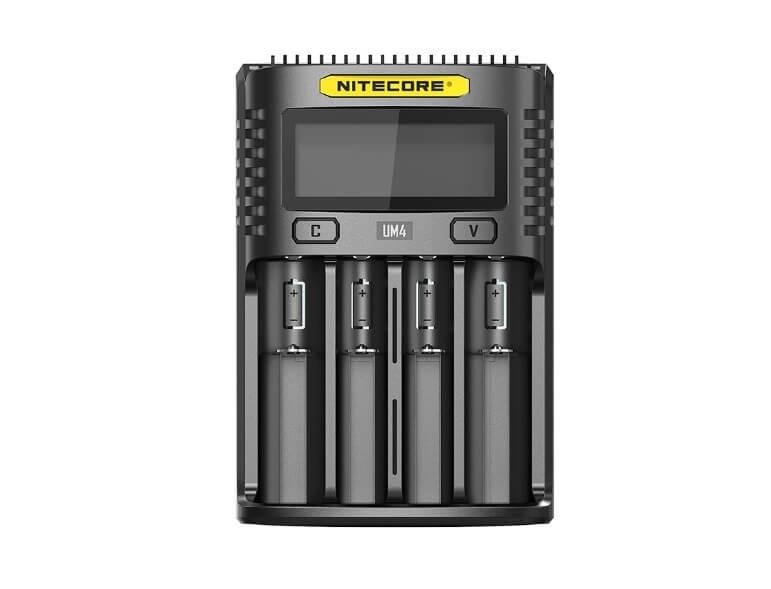 Nitecore UM4, Incarcator USB